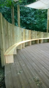 Curved bench3