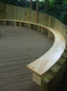 Curved bench2